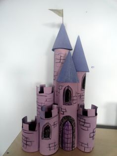 Cute ideas for reusing toilet paper rolls! Love the castle. From http://incywincyartclub.wordpress.com