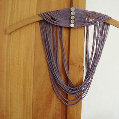 Aalerusen: Hæklede halskæder