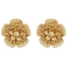 Miriam Haskell Filigree pansy flower stud clip earrings ($170) ❤ liked on Polyvore featuring jewelry, earrings, metallic, handcrafted jewelry, miriam haskell jewelry, vintage filigree earrings, clip-on earrings and flower jewellery #clip-onearrings