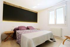 Simple and lovely bedroom. Dormitorio principal by auno50 interiorismo