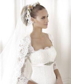 Brandie esküvői ruha - La Mariée esküvői ruhaszalon - Pronovias 2015