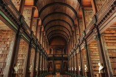 La Biblioteca de la Universidad Trinity en Irlanda