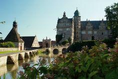 Jasager sind im Schloss Hämelschenburg in Emmerthal herzlich willkommen. Weitere tolle Ideen und Tipps für Ihre Hochzeit gibt's hier: www.brautmagazin.de