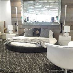 #casarredo #casarredosa #decor #design #furniture #italian  #fiam #mirror #gamma