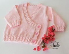 cache heart t birth to 2 years expli Baby Cardigan Knitting Pattern, Baby Knitting Patterns, Baby Patterns, Cardigan Bebe, Wrap Cardigan, Short Tejidos, Crochet Baby, Knit Crochet, Baby Cache