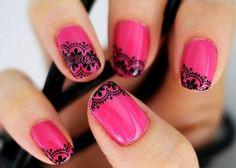 nageldesign bilder pink schwarze spitze