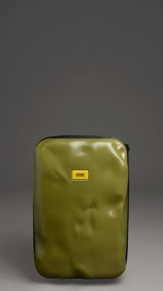 Love acid green! Francesco Pavia Military green super light crashed trolley in polycarbonate, two wheels, two inside zippered pockets, fixed lock, 12.9 x 19.5 x 8.9 inch - 33 x 50 x 22 cm.