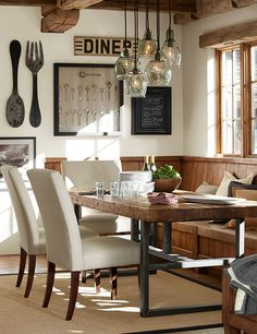 12 rustikale Esszimmer Ideen - Zimmerdekoration 12 rustic dining room ideas The dining rooms have ev Dining Room Wall Decor, Dining Room Lighting, Dining Room Design, Dining Rooms, Dining Tables, Wood Tables, Table Lighting, Decor Room, Dining Area
