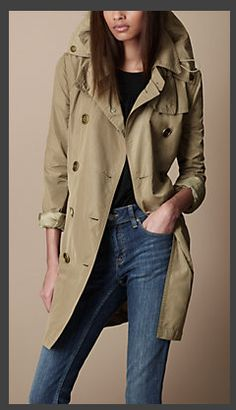 fa7b7c464 20 Best buberry images in 2015 | Trench coats, Burberry trench ...