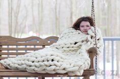 SALE!Chunky KNIT Blanket, Arm Knit Blanket,Merino Wool Blanket, Super Chunky Blanket,Handmade, Extreme Knitting