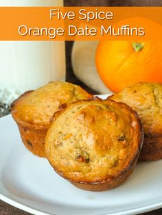 Orange Date Muffins with five spice! A great old fashioned muffin recipe! Orange Date Muffins. A great old fashioned muffin recipe featuring great orange flavour, sweet dates and fragrant five spice powder. Best Muffin Recipe, Muffin Recipes, Brunch Recipes, Flan, Date Muffins, Breakfast Muffins, Rock Recipes, Jus D'orange, Sticky Buns