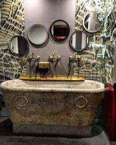 La Antoñita, La Posada del Dragón , Madrid Mirror, Furniture, Home Decor, Gastronomia, Round Bathroom Mirror, Restaurants, Viajes, Places, Decoration Home