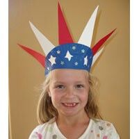 Kids crafts 4th of July hat #crafts -NORTH AMERICA lol the kids would be so funny running around in this