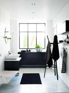 Black and white is a timeless color scheme that works in any room. We have a gallery of cool black and white bathroom design ideas which proves that. Black White Bathrooms, White Rooms, Bathroom Black, Black Bath, Bathroom Accents, Light Bathroom, White Walls, Beautiful Bathrooms, Modern Bathroom