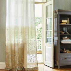 Visillo bordado en degradé en beige - Villalba Interiorismo