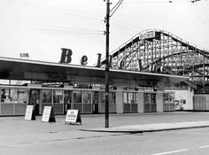 Pictured: How Belle Vue Zoological Gardens and fairground looked over the years - Manchester Evening News Zoological Garden, Garden Entrance, Manchester Uk, Salford, Barnsley, Blackpool, Sydney Harbour Bridge, Days Out, Roller Coaster