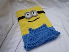 Minions Tablet or I-pad Cover ~ Free Download Pattern