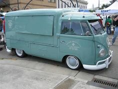 A @VW Van Food Truck - Food to go and #VW retro all in one - Nice!