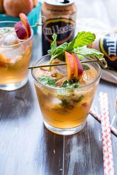 Bourbon Peach Lemonade Smash
