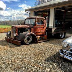 pics of rat rod trucks Rat Rod Trucks, Rat Rod Cars, Bagged Trucks, Semi Trucks, Cool Trucks, Big Trucks, Cool Cars, Truck Mods, Shop Truck