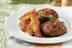 Mesni polpeti so okusna mesna jed Meatloaf Burgers, Meatloaf Recipes, Greek Desserts, Greek Recipes, Greek Burger, Greece Food, Greek Cooking, Greek Dishes, Yummy Snacks