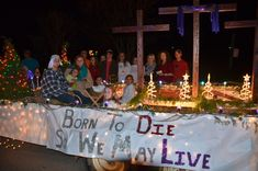 Image result for Church Christmas Floats Christmas Float Ideas, Christmas Parade Floats, Christmas Program, Born To Die, Table Decorations, Holiday Decorations, Party, Crafts, Church Ideas