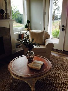 Don't think I could ever leave this sweet reading nook. Street of Dreams 2016, West Linn, OR.
