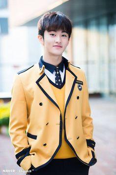 My Boyfriend - Mark Lee Mark Lee, Winwin, Taeyong, Jaehyun, Sopa School, Fanfiction, Nct 127 Mark, Johnny Seo, Lee Min Hyung