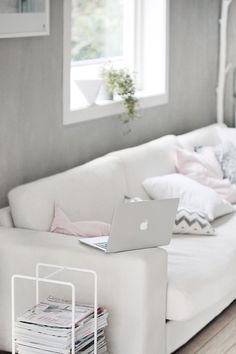 Grey wall Pops of light color & prints/patterns Touch of greenery