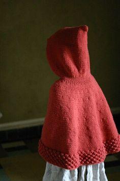 Capuchon, la cape du Petit Chaperon Rouge (tuto en français)