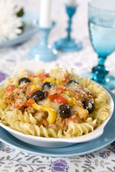 Det händer något med pastan och köttfärssåsen när man gratinerar den i ugnen, det blir extra gott på något vis!