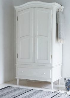 Loaf's hand-painted Timbers wardrobe in vintage white