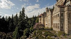 Visitor information for the National Trust's Cragside near Rothbury in Northumberland. Days Out In England, The Iron Bridge, Shuttle Bus Service, English Manor Houses, British Country, Family Day, National Trust, Places Of Interest, Beautiful Buildings