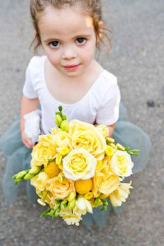 flower girl with bride flowers