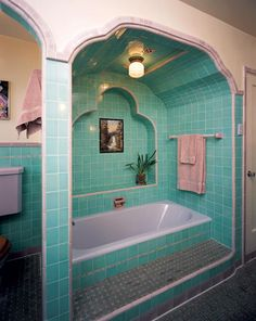 A modern bath exhibited at the Metropolitan Museum of Art in 1929 showcased black Kohler fixtures in all-the-rage Deco—the distinctive lines of which are seen in this lavender and green inset tub from the same year.