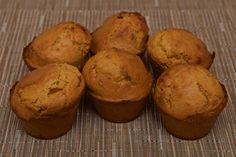 Muffins à la Crème de Caramel au Beurre Salé   http://aventuresgustatives.blogspot.com/2016/06/muffins-la-creme-caramel-et-beurre-sale.html  #muffin #dessert #cake #food #caramel #breizh