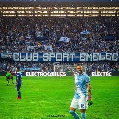 Vía @idiomaemelec -  SONRÍE ESTA SEMANA ESTAREMOS DOS VECES EN CASA! - #Emelec Club, My Photos, Soccer, Sports, Instagram, Hs Sports, Futbol, European Football, European Soccer