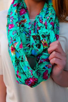 Lightweight Floral Print Infinity Scarf | UOIonline.com: Women's Clothing Boutique