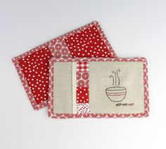Patchwork Hot Pads + Oven Mitts (2 in 1!) | Sew Mama Sew |