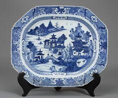Travessa em porcelana Chinesa de Cia das Indias do sec.18th, 42cm, 1,910 USD / 1,700 EUROS / 7,665 REAIS / 12,170 CHINESE YUAN soulcariocantiques.tictail.com