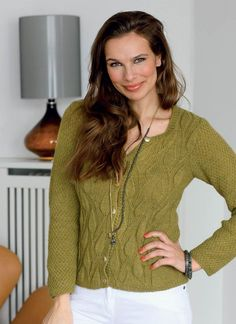 Grøn cardigan med bladmønster - Hendes Verden - ALT.dk Knitting For Charity, Cardigans, Sweaters, Drops Design, Alter, Men Sweater, Pullover, Crochet, Inspiration