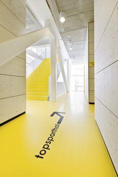 floor wayfinding and