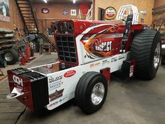 Truck And Tractor Pull, Tractor Pulling, Farmall Tractors, Monster Trucks, Cars, Mini, Vehicles, Red, Autos