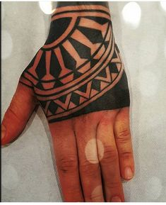 Gifts for coffee lovers [creative and inexpensive] Men Henna Tattoo, Henna Men, Henna Body Art, Samoan Tattoo, Arm Tattoo, Hand Tats, Hand Tattoos For Guys, Nature Tattoos, Body Art Tattoos