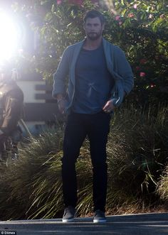 Back to work: On Saturday, Chris Hemsworth was spotted shooting an exclusive commercial for pay TV giants, Foxtel