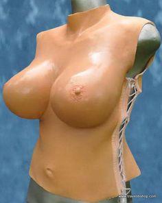 torse faux seins travesti