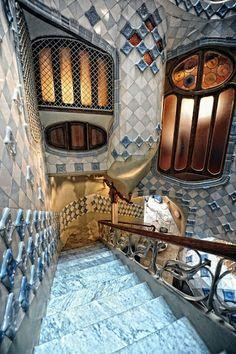 Doors & Windows in our Life ❤– Сообщество– Google+Casa Batllo. Barcelona Spain. 1904-6. Antoni Gaudi.