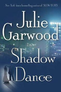 book cover of     Shadow Dance      (Buchanan-Renard, book 6)    by    Julie Garwood