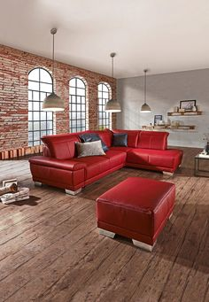 rote couch leder wohnzimmer steingrau wandfarbe anthrazit teppich holzboden wohnen pinterest. Black Bedroom Furniture Sets. Home Design Ideas