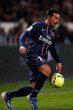 Ezequiel Lavezzi - Estudiantes, Genoa, San Lorenzo, Napoli, Paris Sain-Germain, Agentina.